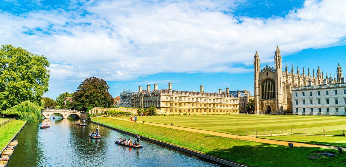 Cambridge, Cambridgeshire, United Kingdom - AUG 28, 2019: Touris